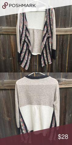 BKE sweater BKE Sweater • size large • like new BKE Sweaters
