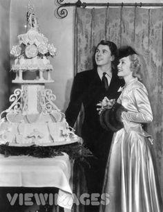 Ronald regan and Jane wymans cake-m