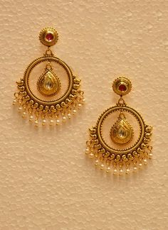 4 Marvelous Cool Tips: Silver Jewelry Ideas antique jewelry shape. Gold Jhumka Earrings, Indian Jewelry Earrings, Jewelry Design Earrings, Gold Earrings Designs, Gold Jewellery Design, Antique Earrings, Jewlery, Gold Jewelry Simple, Silver Jewelry