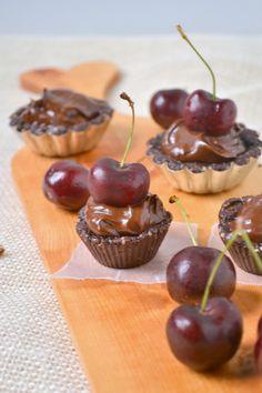 Raw Vegan Chocolate Cherry Mini Tarts [Food Doodles]