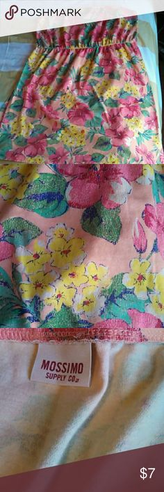 "Plus sized strapless dress Orange tropical print.   29"" from top to bottom hem Size tag is cut out Mossimo Supply Co. Dresses"