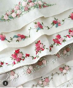 Hardanger Embroidery Hot To Do Brazilian Embroidery Hardanger Embroidery, Rose Embroidery, Hand Embroidery Stitches, Silk Ribbon Embroidery, Hand Embroidery Designs, Vintage Embroidery, Embroidery Techniques, Embroidery Ideas, Local Embroidery