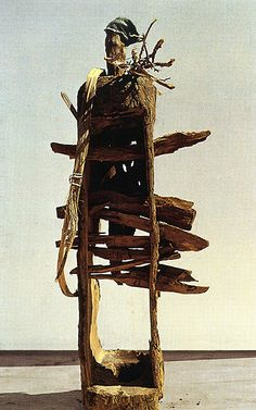 El Anatsui (Ghana), Tapper, 1996. Wood, height 180cm.