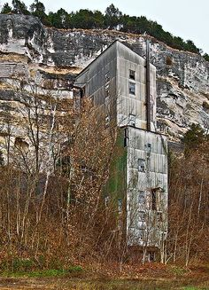 Old mine building, near Prairie du Rocher, Illinois