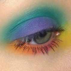bright eye make up Makeup Goals, Makeup Inspo, Makeup Inspiration, Makeup Tips, Beauty Makeup, Makeup Ideas, Makeup Meme, Makeup Quotes, Makeup Hacks