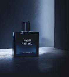 Watches Photography, Dark Photography, Jewelry Photography, Product Photography, Guy Debord, Perfume Store, Perfume Bottles, Ralph Lauren Blue Perfume, Parfum Blue