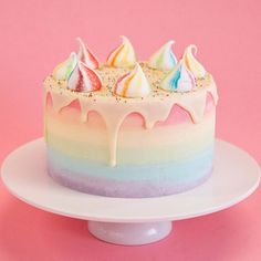 Unicorn Cakes: funfetti sponge, rainbow ombre fade, white chocolate drip and rainbow meringues!