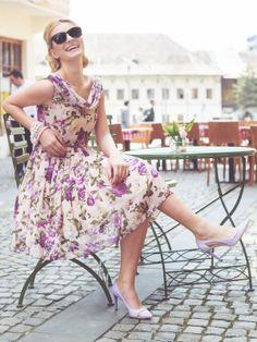 www.theladymustha... Rochie de ocazie The Lady Must Have, model Flower Poti comanda aceasta rochie in orice nuanta doresti . rochii de ocazie, rochii de bal, rochii banchet, rochii de seara