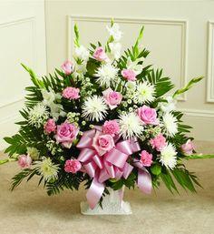 avasflowers-pink-white-sympathy-floor-basket-deluxe-19311_max.jpg (JPEG Image, 1098×1200 pixels)