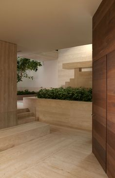 Gantous Arquitectos_ casa qb_México D.F_ travertino Navona Dream Home Design, Modern House Design, My Dream Home, Home Interior Design, Exterior Design, Minimal Architecture, Interior Architecture, House Goals, Home Fashion