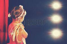 bailarina de ballet: niña niño bailarín de ballet de la bailarina en el…