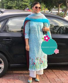Embroidery Suits Punjabi, Hand Embroidery Dress, Embroidery Suits Design, Simple Embroidery, Patiala Suit Designs, Kurti Designs Party Wear, Kurta Designs, Dress Design Sketches, Pakistani Dresses Casual