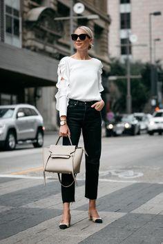 31 Best Ideas For How To Wear Boyfriend Jeans Casual Street Style Outfit Jeans, Ripped Boyfriend Jeans Outfit, Pantalones Boyfriend, Lässigen Jeans, Casual Chic, Jeans Casual, Casual Street Style, Chanel Street Style, Moda Oversize