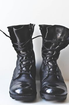 Vintage Black Combat Boots good to know the kind of combat boots I wore are considered vintage spit shined and all