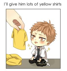 Very cute and little Mo Guan Shan and his yellow t-shirt