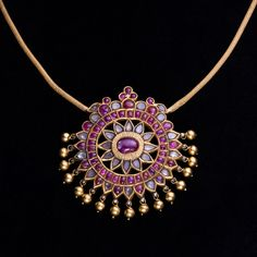 A Ruby and Diamond Pendent, South India Mysore Century Real Gold Jewelry, Gold Jewelry Simple, Gold Jewellery Design, Royal Jewelry, Minimal Jewelry, Silver Jewellery, India Jewelry, Temple Jewellery, Boho Jewelry