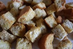 Homemade croutons for salad Salad Recipes, Diet Recipes, Manicotti Recipe, Ceasar Salad, Homemade Dressing, Weekly Menu, Salad Dressing, Tea Cups, Lunch
