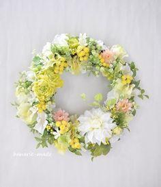 ハンドメイドマーケット minne(ミンネ)| lemon color & white dahlia:wreath