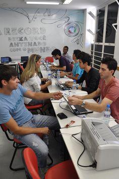 Duas horas antes das provas, o Campus Liberdade recebeu inscrições dos últimos alunos para o Vestibular Una 2013