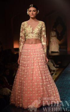 mizwan-fashion-show-manish-malhotra-