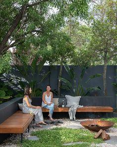 22 Marvelous Winter Garden Design For Small Backyard Landscaping Ideas — TERACEE – Elaine - New ideas Backyard Seating, Backyard Patio Designs, Small Backyard Landscaping, Garden Seating, Backyard Ideas, Backyard Pools, Garden Benches, Garden Boxes, Landscaping Ideas