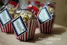 cinema cards in popcorn packaging - with the pommes stamp template by stampin up Cute Presents, Presents For Friends, Movie Party Invitations, Sister Birthday Presents, Popcorn Packaging, Stampin Up, Diy Cadeau Noel, Diy Gifts, Party Supplies
