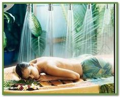 The Daintree Wellness Spa at Daintree Eco-Lodge specialises in unique Aboriginal techniques of massage using natural rainforest ingredients. Spa Luxe, Luxury Spa, Luxury Travel, Spas, Fountain Of Youth, Spa Deals, Spa Design, Wellness Spa, Home Spa