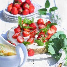 Cheesecake med vit choklad och jordgubbar