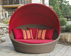 Outdoor Wicker Daybed pinned by http://www.wickerparadise.com