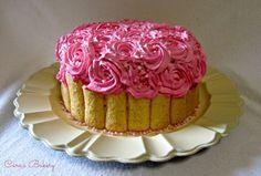 torta alle mandorle con crema al mascarpone e fragolefresche