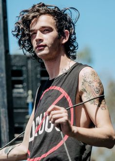 //THE 1975//  MATTY HEALY || PERFECTION