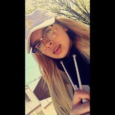 A selfie she actually really like ...,Alyssa Gonzalez