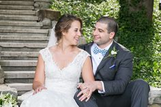 St. Louis spring wedding inspiration : L Photographie || Ceremony: St. Albans || Reception: St. Albans