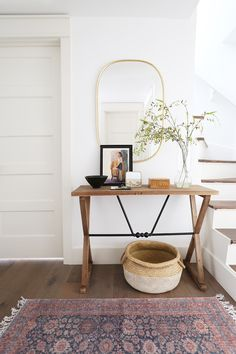Evergreen Hallway Reveal and Wayfair's Memorial Day Sale! - Juniper Home Evergreen Hallway Reveal and Wayfair's Memorial Day Sale! – Juniper Home Decoration Hall, Entryway Decor, Hallway Decorating, Entryway Stairs, Evergreen House, Lobby Design, Design Websites, Easy Home Decor, Home Decor Inspiration