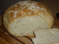Kenyér (dagasztás nélkül, 3 óra kelesztéssel) Cooking Recipes, Bread, Food, Chef Recipes, Brot, Essen, Baking, Meals, Eten