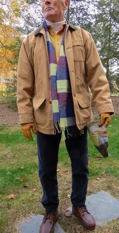 Hanna Donegal Ivy Cap, LLB field coat, LLB Chamois shirt, LE turtleneck, Johnston's of Elgin Cashmere scarf, LE narrow wale cords, Wigwam El Pine rage socks, LLB Allagash Bison leather, Shearling-lined boots.