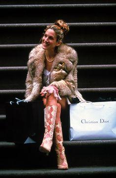 かわいい♡ファーコートにブローチ、ブーツもたまらない♡ キャリー・ブラッドショー