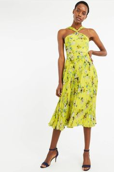 1f50a0f0581 74 Best Wedding Guest Dresses images in 2019
