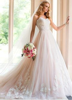 Elegant Tulle Sweetheart Neckline Natural Waistline A-line Wedding Dress