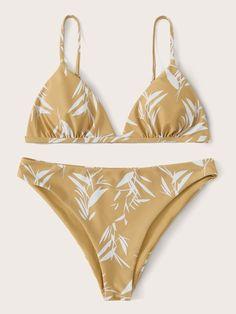 To find out about the Plant Print Triangle Bikini Swimsuit at SHEIN, part of our latest Bikini Sets ready to shop online today! Bikini Swimwear, Bikini Set, Swimsuits, Bra Types, Beachwear For Women, Triangle Bikini, Spandex Material, Fashion News, String Bikinis