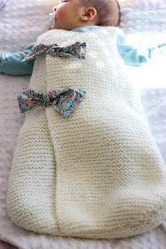 Aujourd'hui grande première sur le blog, je ne vous présente pas de projet couture mais un autre jeu d'aiguilles : le tricot. Et pour c...