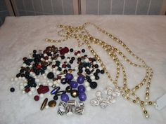 Lot of Vintage & New Necklace & Craft Beads-Faux Pearl-Porcelain-Plastic-Lucite