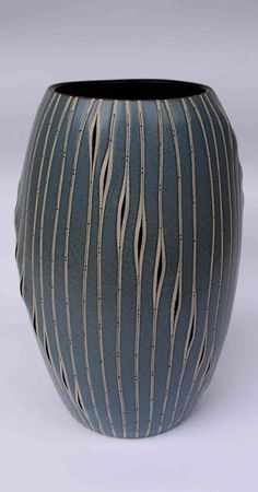 Mexican ceramic potter Gustavo Pérez
