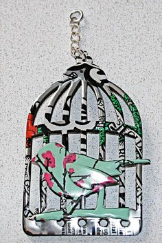 looks as if they used Tim Holtz' birdcage die and soda cans ~ cute!