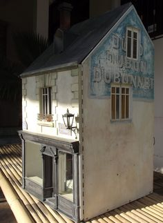 Lovely miniature shop by Patrick Duclou