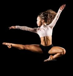Asia Ray Dance Moms Funny, Dance Moms Dancers, Dance Moms Girls, Yoga Dance, Dance Moves, Dance Photos, Dance Pictures, Asia Ray, Asia Monet Ray
