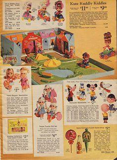 1969 Sears Christmas catalog page Liddle Kiddles Town Skediddles Snoopy Rah Rah Christmas Past, Christmas Wishes, Vintage Christmas, Christmas History, My Childhood Memories, Childhood Toys, Vintage Advertisements, Vintage Ads, Vintage Menu