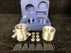 BasicSet_glitterblau_silber1 Measuring Cups, Box, Silver, Glass, Snare Drum, Measuring Cup, Boxes, Measuring Spoons