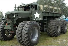 Insane 5 ton, just what you need for the zombie apocalypse! JC OFF ROAD 4x4 Trucks, Diesel Trucks, Lifted Trucks, Cool Trucks, Cool Cars, Army Vehicles, Armored Vehicles, F100, Corvette Cabrio