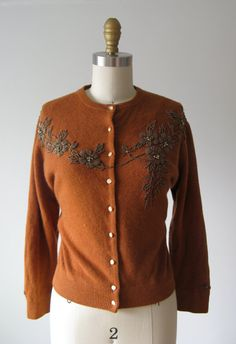 1950s sweater / 50s beaded cardigan